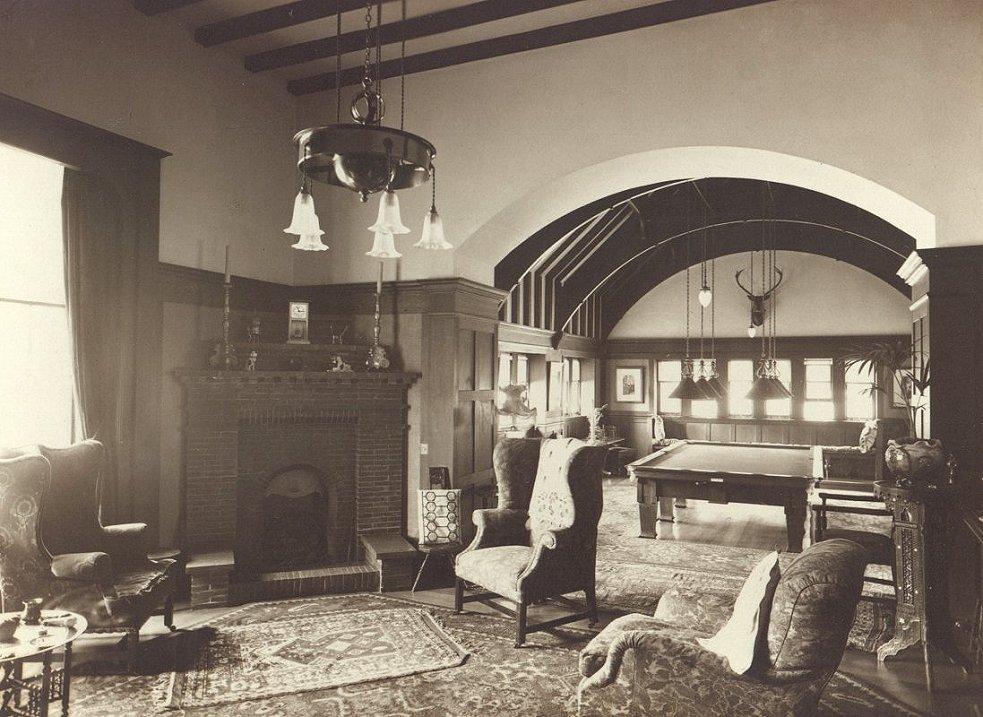 4 The Billiard Room